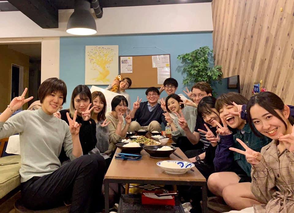 """(JP) ハウスファミリーと食卓を囲む""""ごはん会""""の場を体験してみませんか?"""